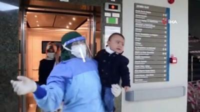 bebek -  1 yaşındaki bebek babasıyla koronayı yendi, hastaneden babasıyla birlikte taburcu oldu