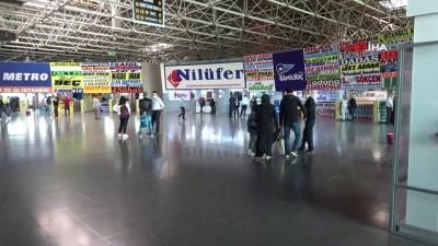Keyfî yolculuklar olmayınca otobüs terminali ilk gün boş kaldı