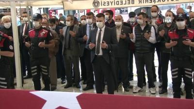 Şehit polis Erman Özcan son yolculuğuna uğurlanıyor