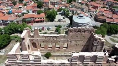 universite ogrencisi - Dünya mirası Bergama ziyaretçilerini 'kontrollü' ağırlıyor - İZMİR