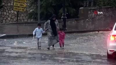 osmanpasa -  Tokat'ta sağanak yağış hayatı olumsuz etkiledi