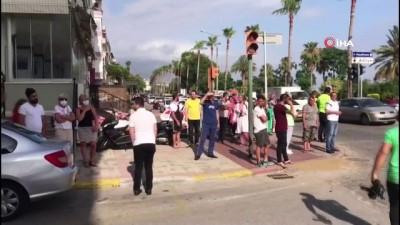 sarkici -  Şarkıcı Lara'ya Alanya'da otomobil çarptı