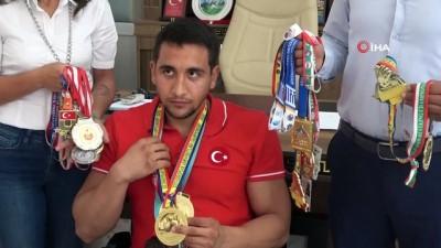 milli sporcu - Adanalı iş adamı dünya şampiyonu milli sporcuya sponsor oldu