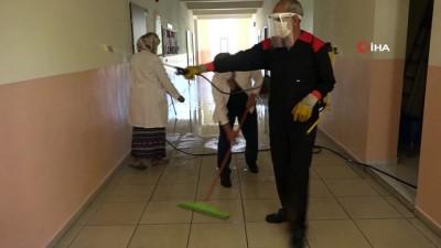 LGS öncesi okullarda dezenfekte çalışması