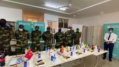 Senegalli askerlerin Türkçe diploma sevinci - DAKAR