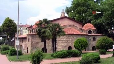 İstanbul'daki Ayasofya halen tartışılırken, İznik'teki Ayasofya 9 yıldır cami olarak hizmet veriyor