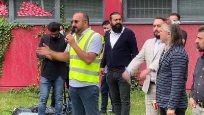 - Almanya'da davullu zurnalı protesto