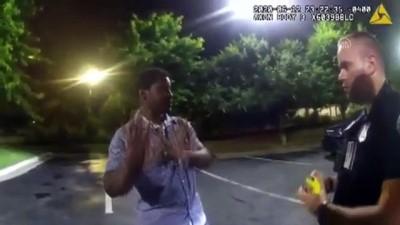 polis memuru - Atlanta'da polis tarafından öldürülen siyahi Brooks'un son anları, polis kameralarına yansıdı