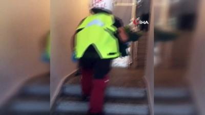saglik hizmeti -  Aydın 112 ekibi Yaşar amcayı unutmadı