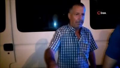 Alkollü sürücünün kullandığı panelvan yaya kaldırımına çıktı