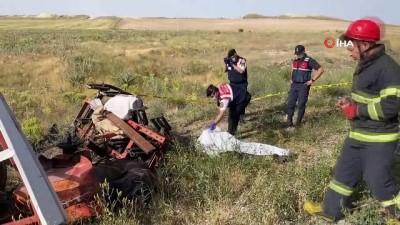 Otomobilin çarptığı traktör ikiye bölündü: 1 ölü, 3 yaralı