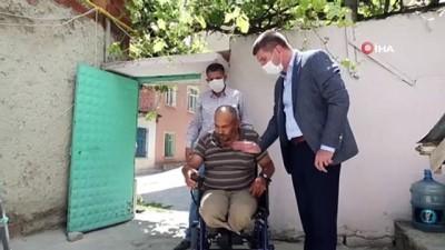 Başkan Ercengiz, engelli vatandaşa verdiği akülü araba sözünü yerine getirdi