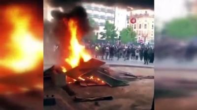 kiz kardes -  - Irkçılık karşıtı gösteriler Fransa'ya sıçradı - Fransa'da polisle protestocular arasında çatışma