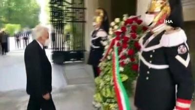 italyan -  - İtalya, Cumhuriyet Bayramı'nı kutluyor - Kutlama ve protesto bir arada