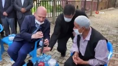 Cumhurbaşkanı Recep Tayyip Erdoğan Silopi'de şehit olan işçinin babası ile görüştü