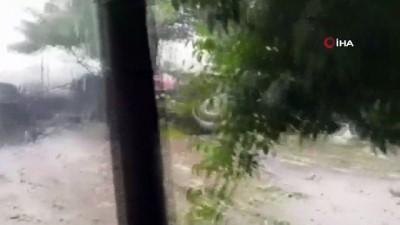yagan -  Sındırgı'yı sağanak yağış ve dolu vurdu