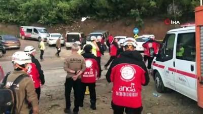 saglik personeli -  Bursa'da selde kaybolan 2 kişiyi arama çalışmaları devam ediyor