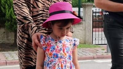 Şehit Arslan'ın minik kızı babasının adını taşıyan ağacı dikti