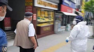 Minibüsteki 'korona virüs' ihbarı, polis ve sağlık ekiplerini harekete geçirdi