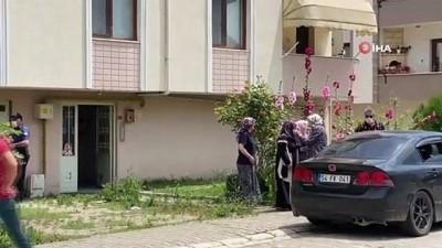 kiz kardes -  Polis çocuğu babasının beylik tabancasını başına dayayıp tetiğe bastı
