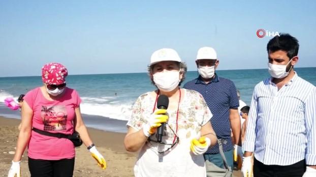 akarca -  Vatandaş kolları sıvadı, 3 haftadır sahili temizliyor