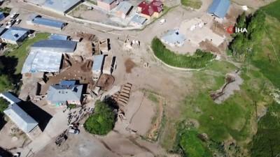 51 evin hasar gördüğü Elaçmaz Mahallesi görüntülendi