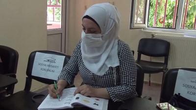 - Mülteci kadınlar Tükçe öğrenerek iş hayatına atılmayı hedefliyor