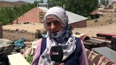 muhabir -  Depremle birlikte 3 çocuğuyla dışarıda kalan kadın yardım bekliyor