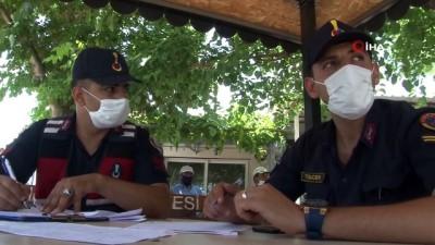 Manisa Valisi Karadeniz, depremin merkez üssünde incelemelerde bulundu