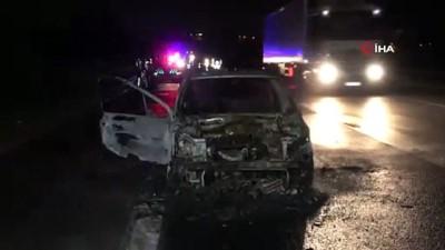 yangina mudahale -  Otoyolda yanan araç kül oldu