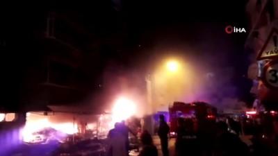 Bursa'da korku dolu saatler... Bursa'da çiçekçi dükkanı alev alev böyle yandı