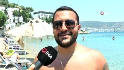 yabanci turist -  Herkese yasak turiste serbest