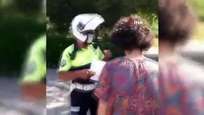 polis araci -  Polis sınava yetişemeyen öğrenciler için seferber oldu