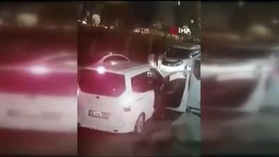 guvenlik kamerasi -  Hırsızın, minibüsün altındaki stepne lastiği çaldığı anlar kamerada