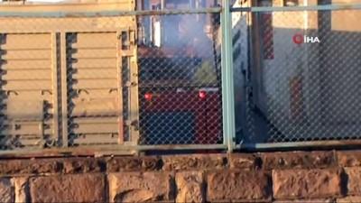 yangina mudahale -  Konya'da park halindeki kamyonda yangın