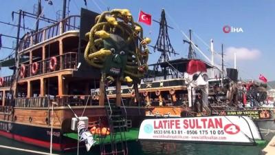 yabanci turist -  Mersin'de maskeli ilk yat turu başladı