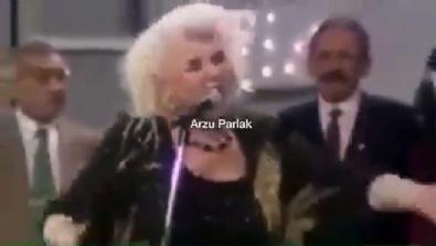 Kemal kılıçdaroğlu'nu hiç böyle görmediniz! Yıllar önce solistlik yapmış