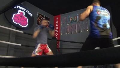 milli sporcu -  Kick Boks'ta aylar sonra antrenman heyecanı