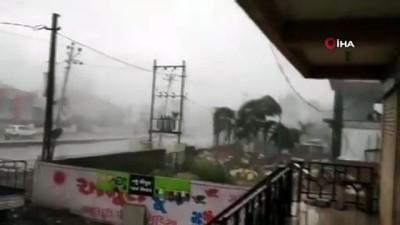 - Nisarga Kasırgası Hindistan'da etkili olmaya başladı - Yüz bin kişi tahliye edildi