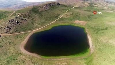 goller -  Elazığ'da kalp gölü, doğal güzelliği ile dikkat çekiyor