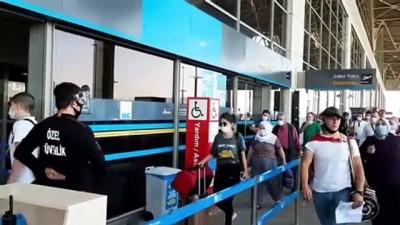 Havalimanlarından asker uğurlamaları - İSTANBUL