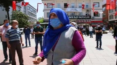 Pazarcılardan Ünye Belediyesi'ne tepki
