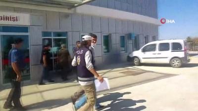 yakalama karari -  12 suçtan aranan zanlı Konya'da sahte kimlikle yakalandı
