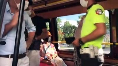 Esenyurt'ta sosyal mesafesiz yolcu taşıyan minibüslere ceza yağdı