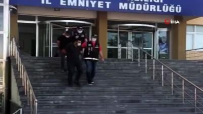 trol -  Polis, kente ruhsatsız silah getirerek ticaretini yapan şahısları kıskıvrak yakaladı