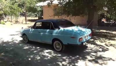 klasik otomobil - 42 yaşındaki Anadol'una gözü gibi bakıyor - KAHRAMANMARAŞ