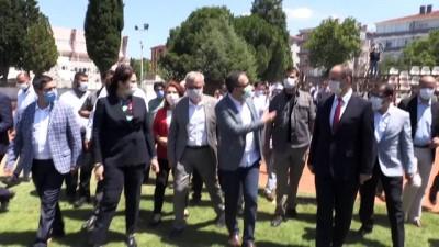 Kasapoğlu, Keşan'da yenilenecek Atatürk Stadyumu'nda incelemelerde bulundu - EDİRNE