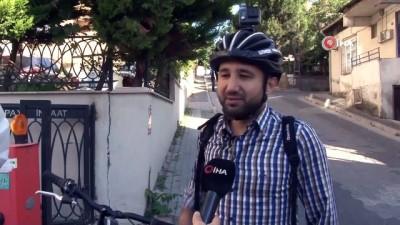 Korona virüsüne karşı işe bisiklet ile gidip geliyor