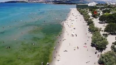 alabalik -  Menekşe Halk Plajı'nda endişelendiren kalabalık
