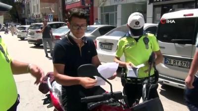 Motosikletiyle ters yöne girince ceza yedi